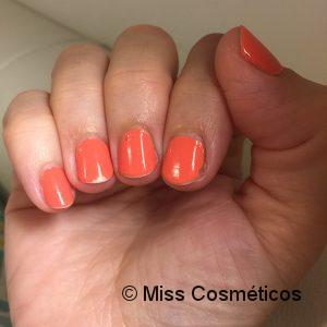 Essie_Gel_Couture_On_The_List_3días(2).jpg