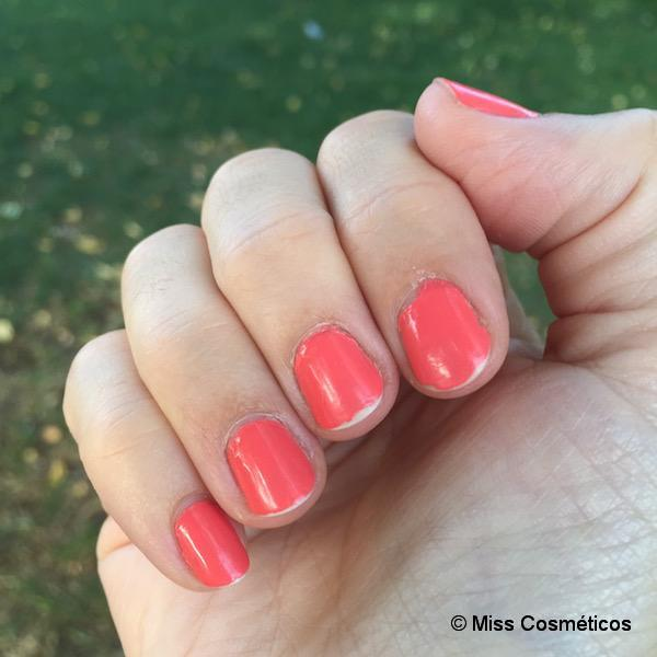 Essie_Gel_Couture_On_The_List_5dias